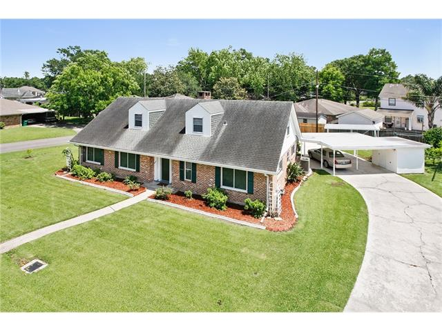 11 BRIDLE PATH Lane, Saint Rose, LA 70087