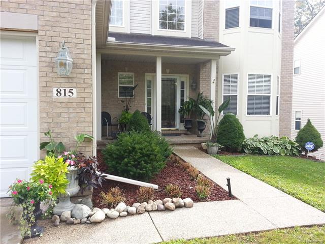 815 CALGARY, Auburn Hills, MI 48326
