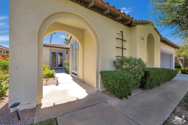 18 Shoreline Drive, Rancho Mirage, CA 92270