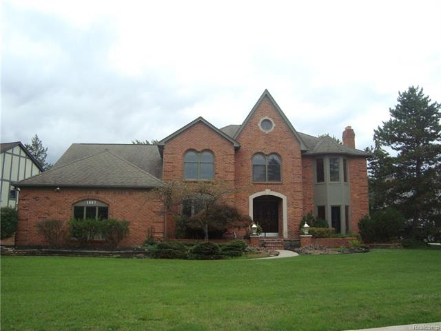 1967 INDEPENDENCE Drive, Rochester Hills, MI 48306