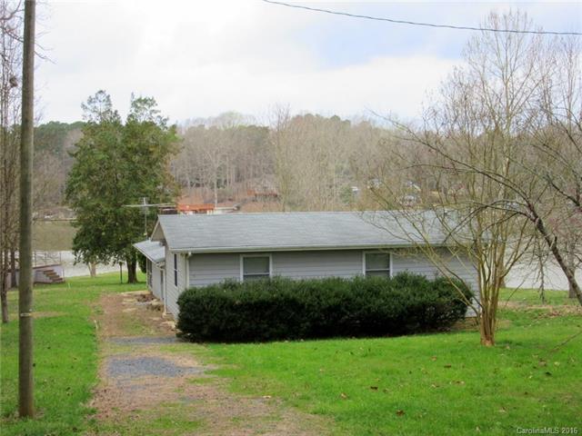 298 Springwood Drive, Mount Gilead, NC 27306