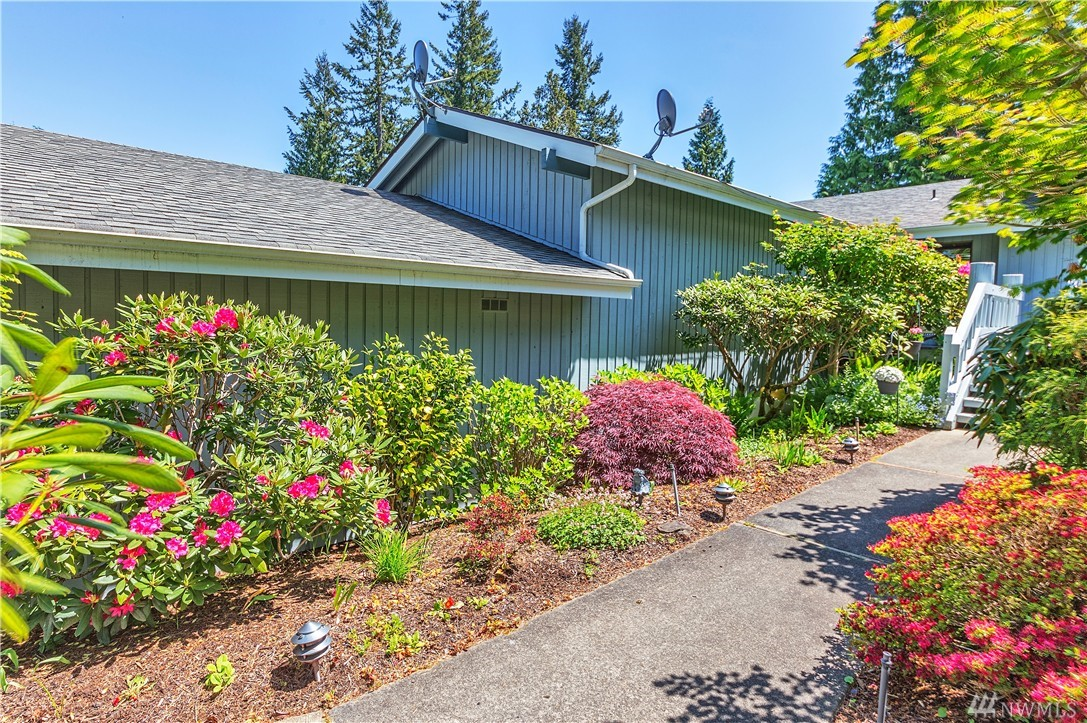 101 Highland Greens Dr 2, Port Ludlow, WA 98365