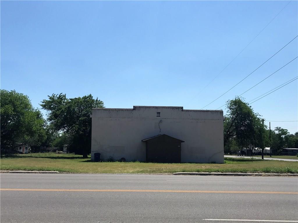 621 Sodville St, Sinton, TX 78387