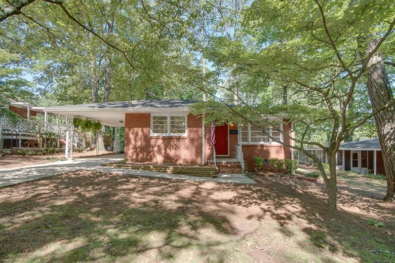3227 Forrest Hills Drive, Hapeville, GA 30354