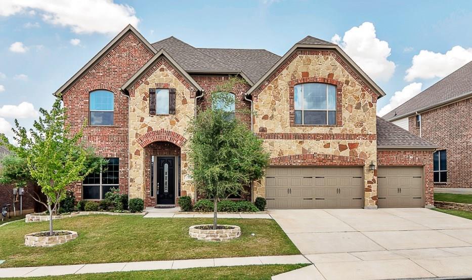 415 Aylesbury Drive, Roanoke, TX 76262
