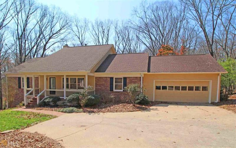 1056 Farmhouse Road, Gainesville, GA 30506