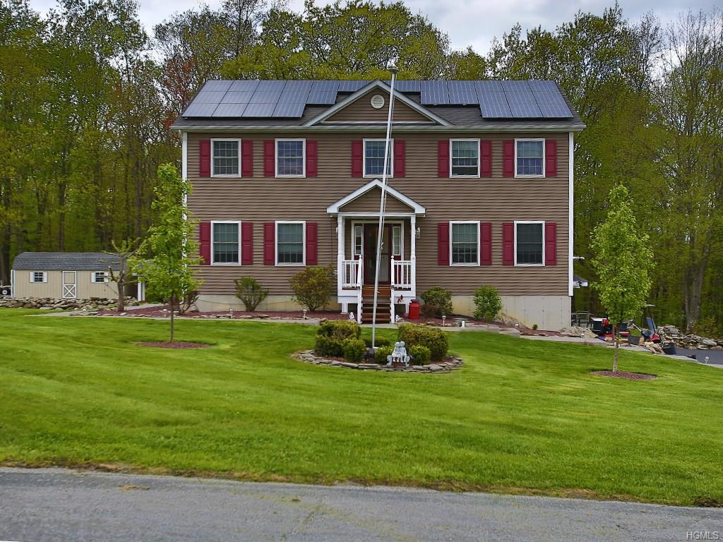 44 Foxfire Estates Road, Middletown, NY 10940