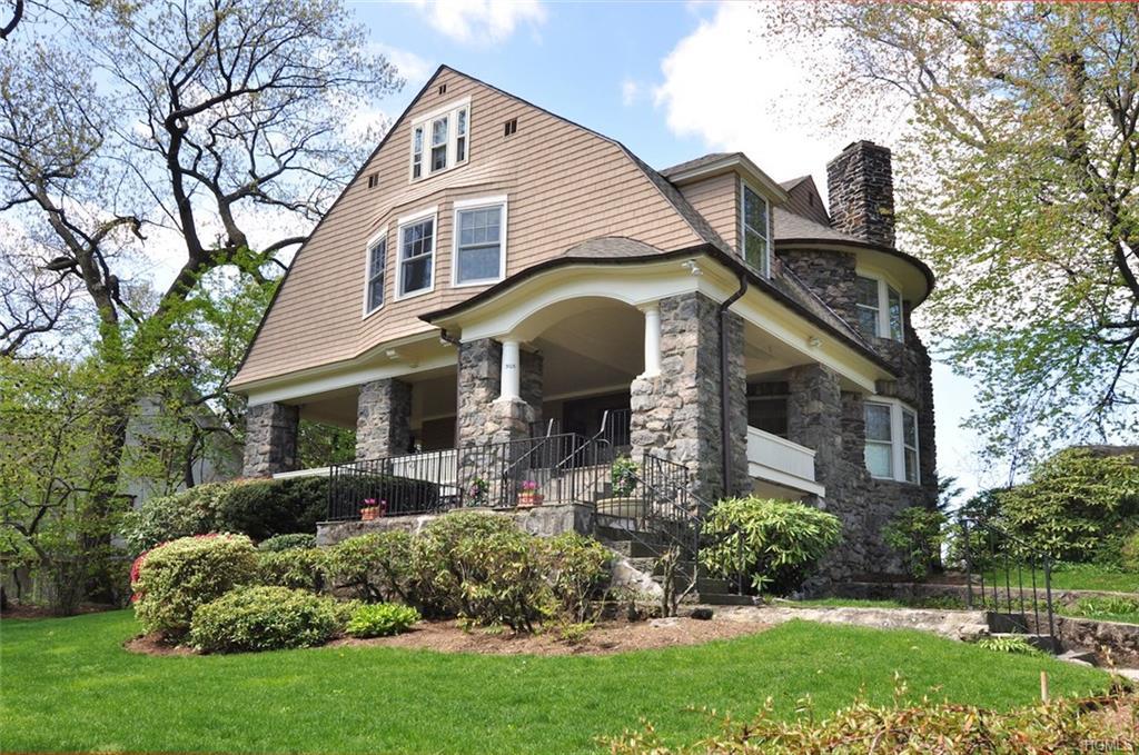 305 Pelhamdale Avenue, Pelham, NY 10803