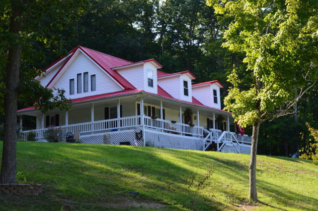 1428 Hiles Rd., Lucasville, OH 45648