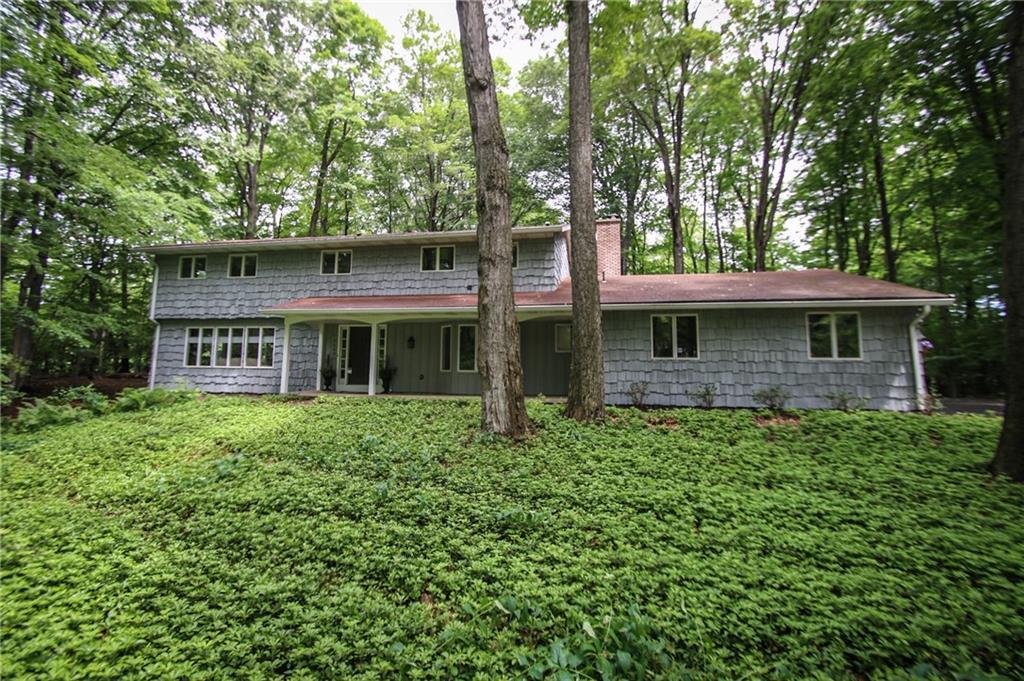 1142 Woodsboro Farms, Webster, NY 14580
