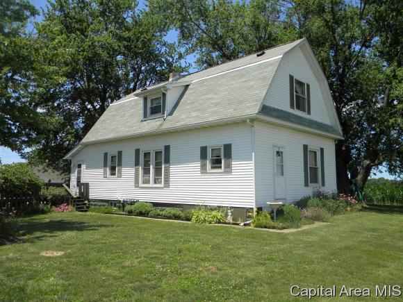 525 HARTS PRAIRIE RD, Franklin, IL 62638