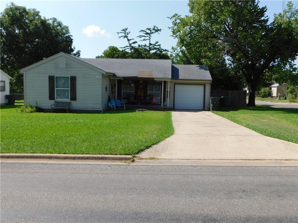 1302 E King Street, Sherman, TX 75090
