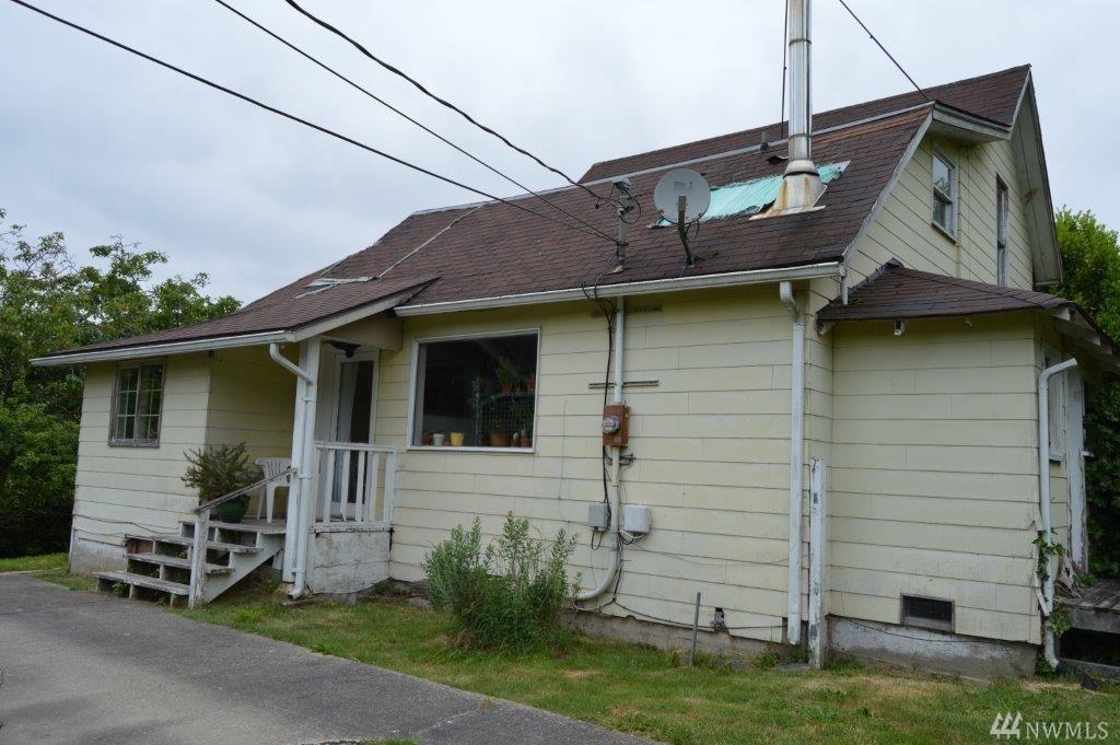 5141 E Hillcrest Dr, Port Orchard, WA 98366