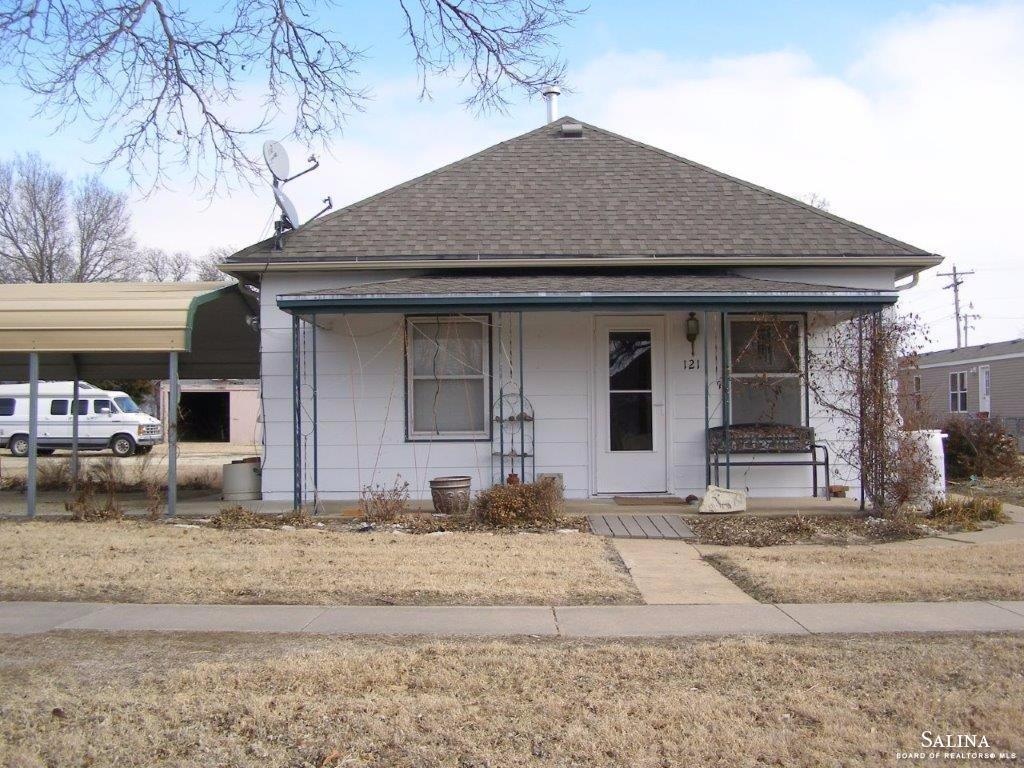 121 S Missouri Street, Kanopolis, KS 67454