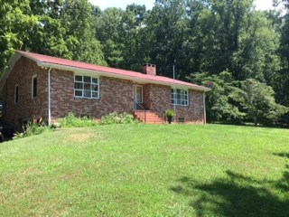 1492 Frazier Rd, Franklin, NC 28734