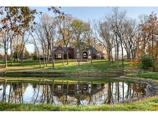 26204 Timber Meadows Drive, Lee's Summit, MO 64086