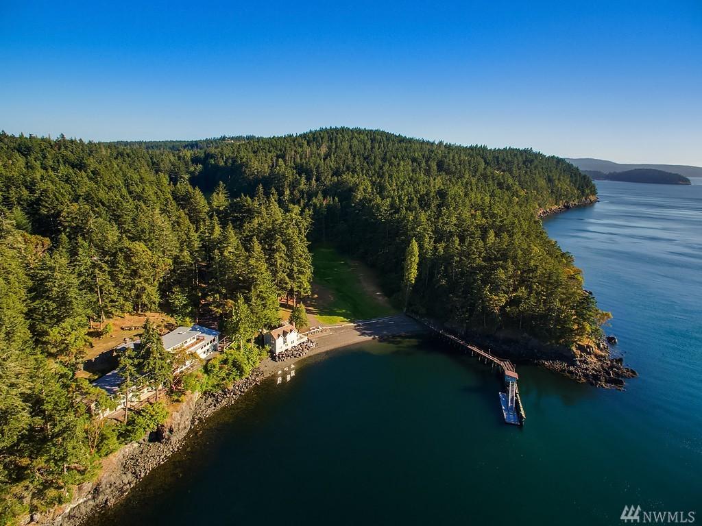 945 Cormorant Bay Rd, Orcas Island, WA 98245