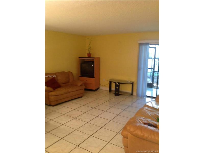 18755 NW 62nd Ave 103, Hialeah, FL 33015