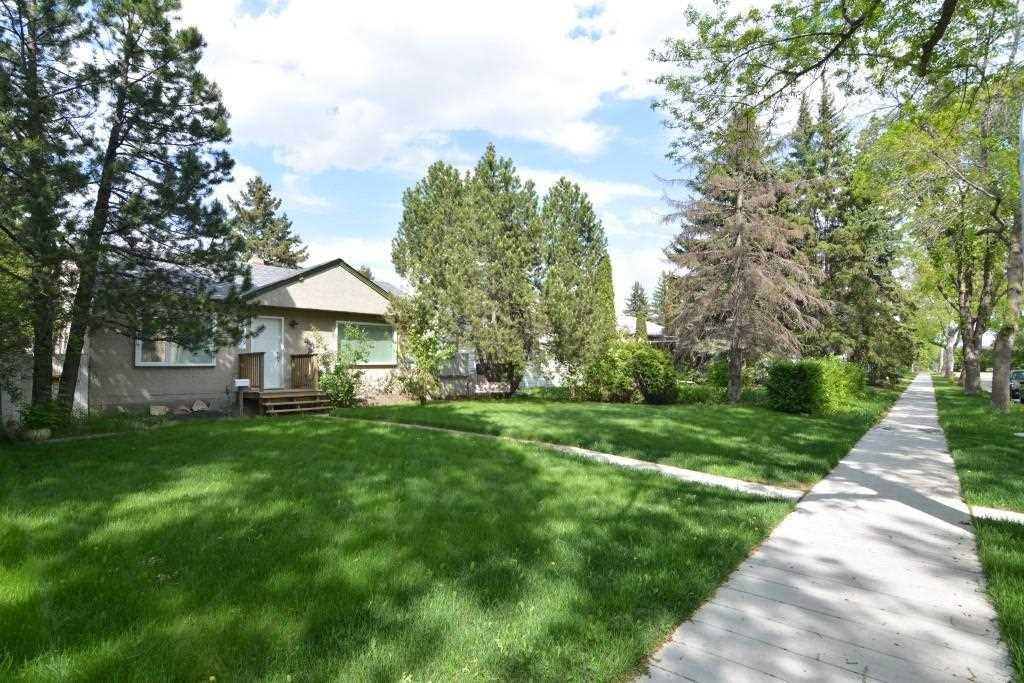 7530 79 Avenue, Edmonton, AB T6C 0P6