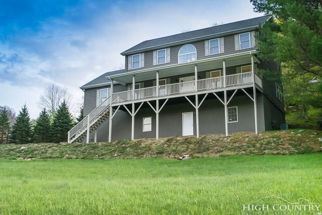 132 Laurel Chase Drive, Blowing Rock, NC 28605