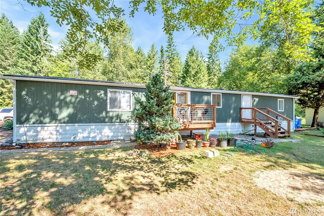 290 NE Schooner Lp, Belfair, WA 98528