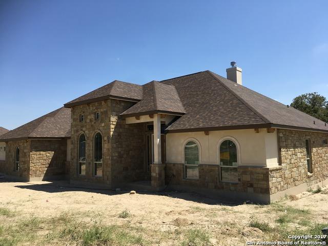 153 Bucks Lane, La Vernia, TX 78121