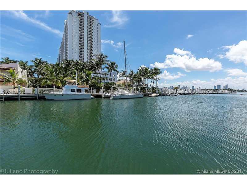 1610 W 21st St, Miami Beach, FL 33140