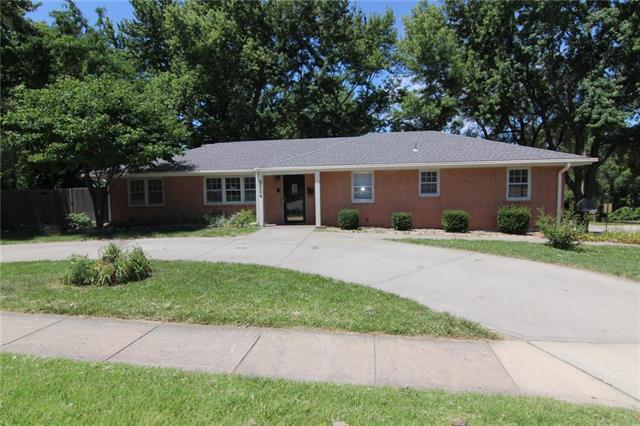 5504 Rosehill Road, Shawnee, KS 66216