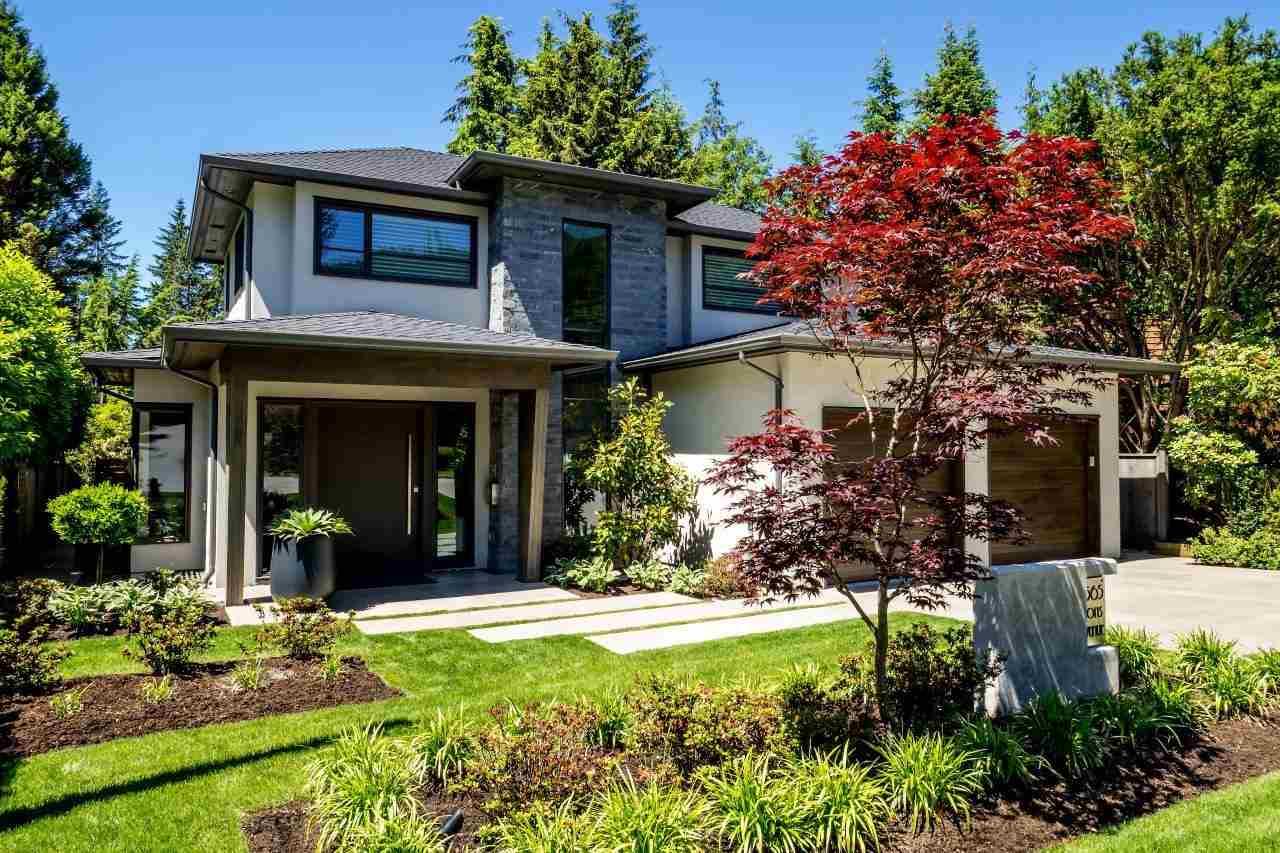 4565 LIONS AVENUE, North Vancouver, BC V7R 4X1