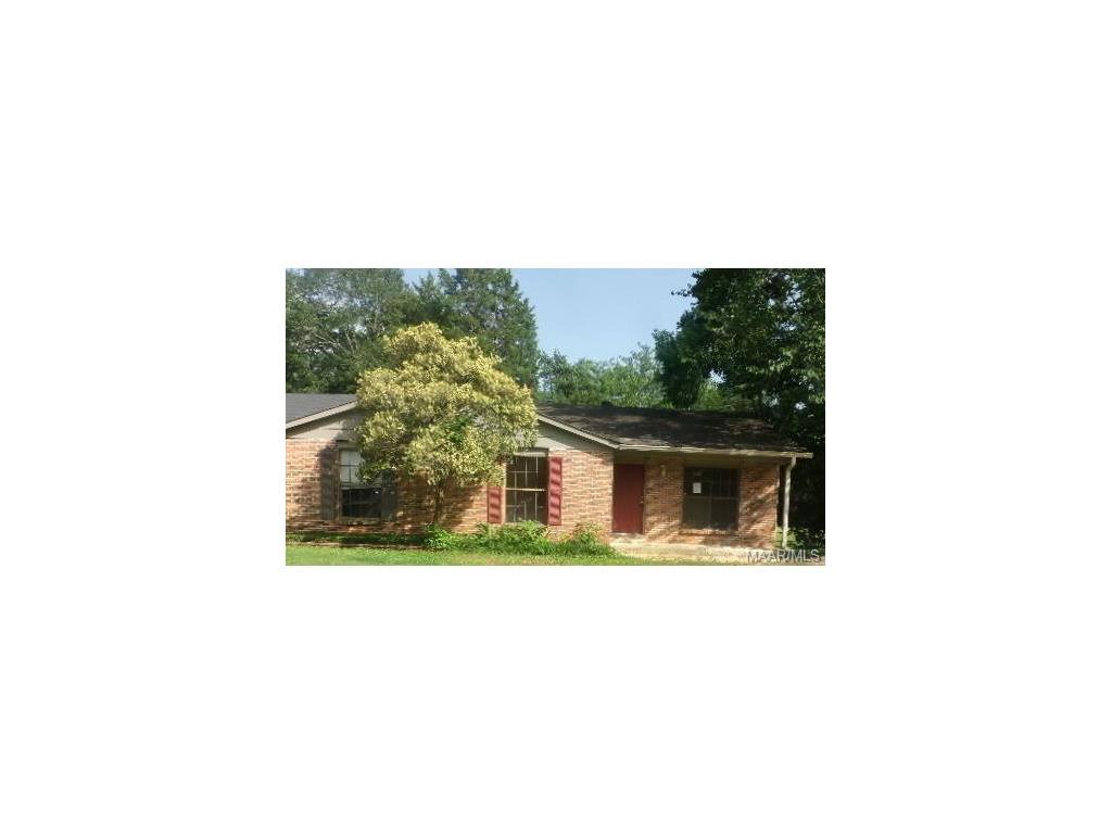 35 Crestwood Court, Millbrook, AL 36054