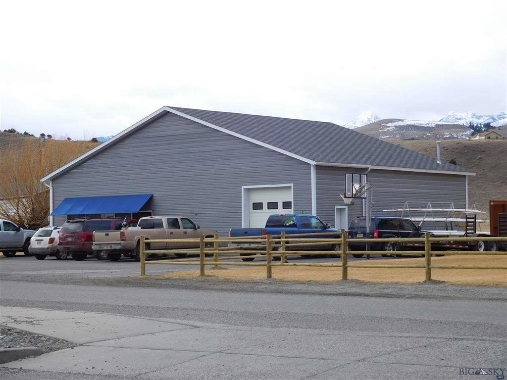 310 Story Road, Emigrant, MT 59027