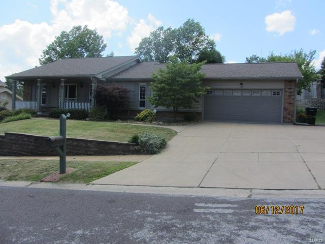 5813 Amber Place Drive, Mehlville, MO 63128