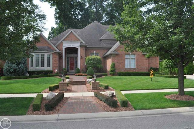 6810 PAINT CREEK CT, SHELBY TWP, MI 48316