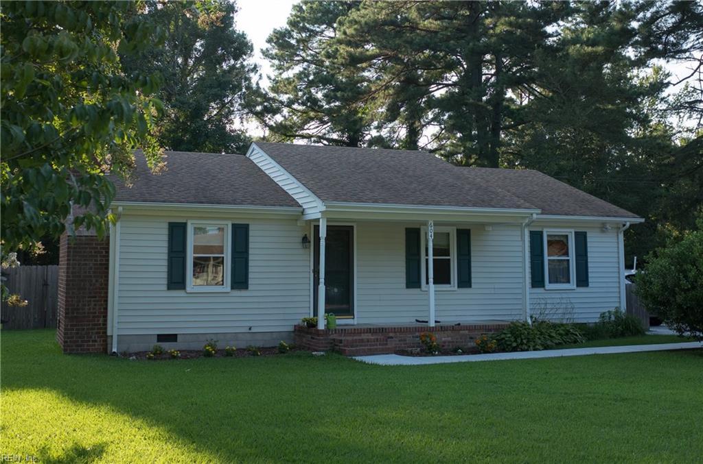604 Hillwell RD, Chesapeake, VA 23322
