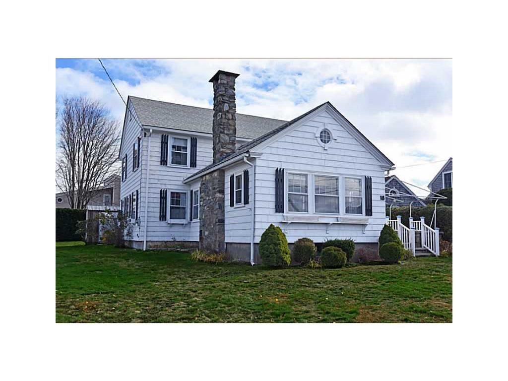 18 LEONARD BODWELL RD, Narragansett, RI 02882