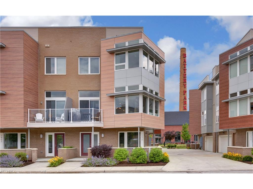 1236 W 74 St, Cleveland, OH 44102