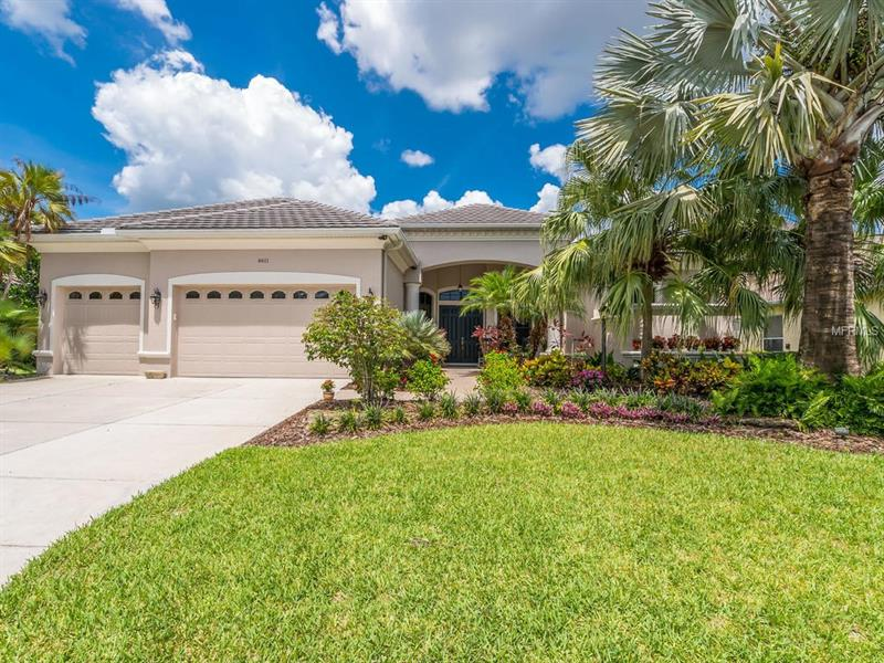 6611 COOPERS HAWK COURT, LAKEWOOD RANCH, FL 34202