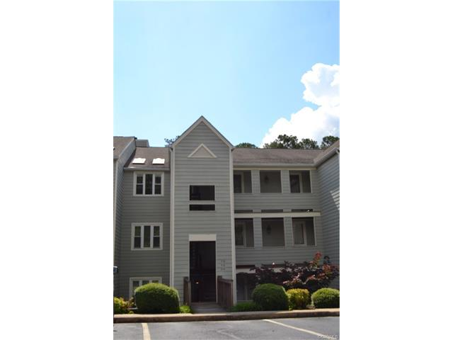 314 Water Pointe Lane 314, Midlothian, VA 23112