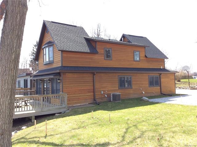 132 BELLEVUE Avenue, Lake Orion Vlg, MI 48362