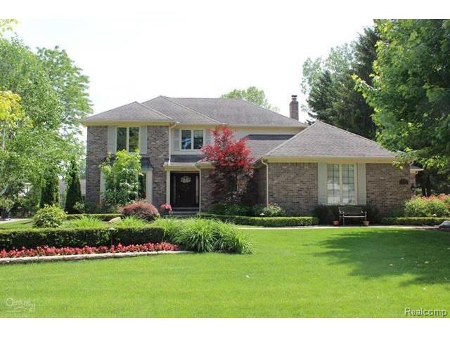 13654 TOWERING OAKS Drive, Shelby Twp, MI 48315