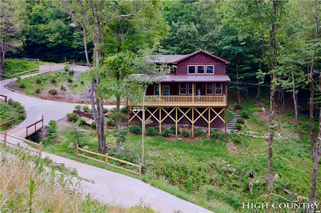 1677 Sorrento Drive, Blowing Rock, NC 28605