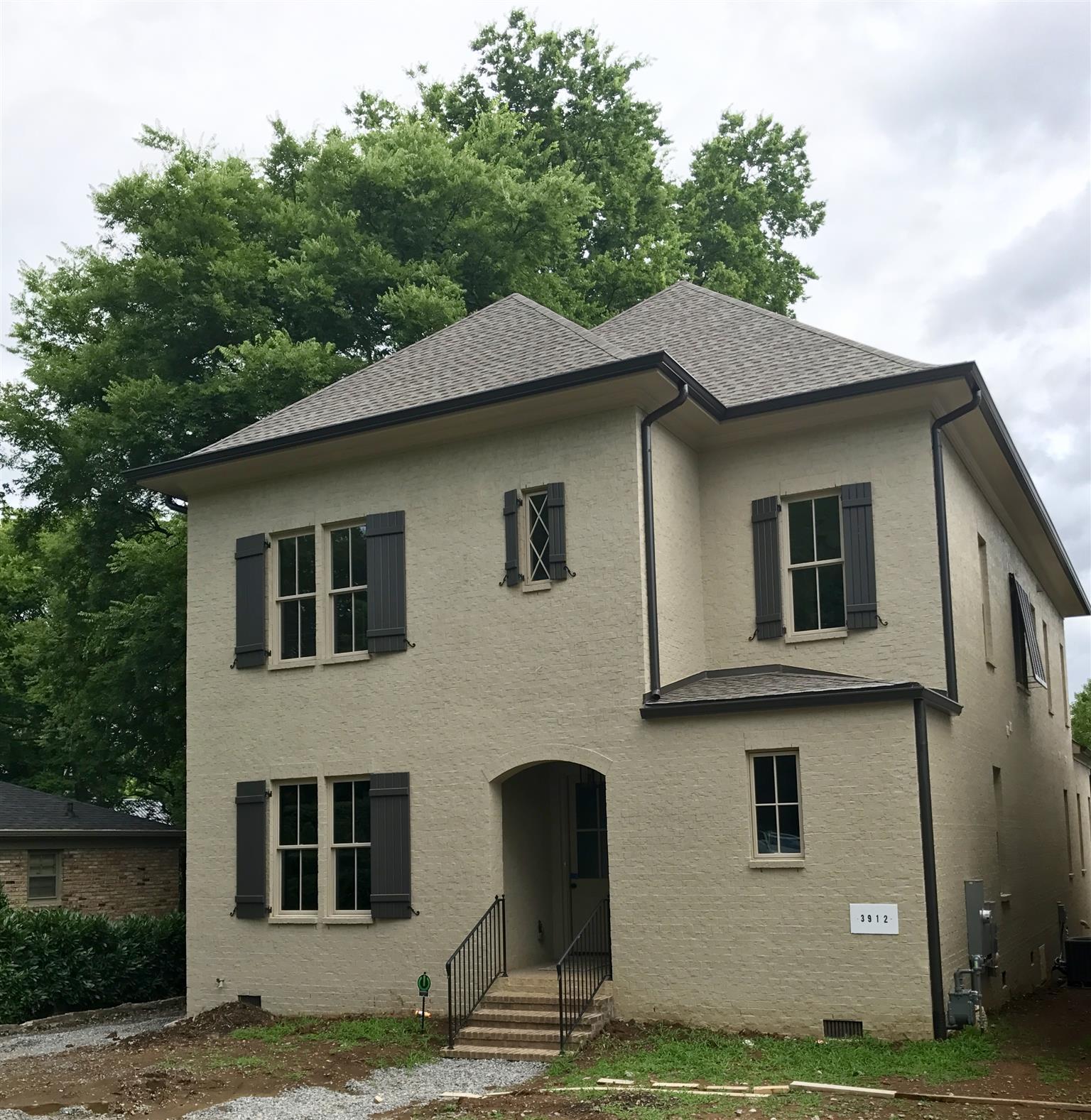 3912 Abbott Martin Rd, Nashville, TN 37215