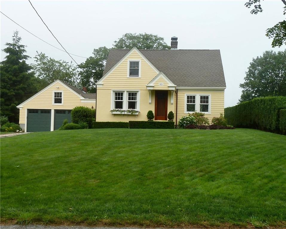 931 Wapping RD, Portsmouth, RI 02871