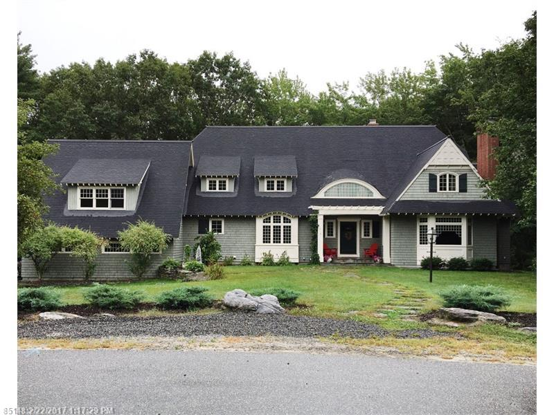 26 Mitchellwood DR , Falmouth, ME 04105