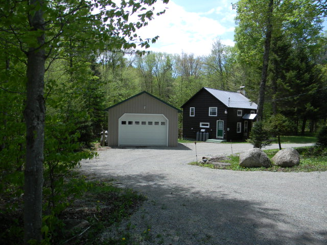 24 Uncas Rd., Inlet, NY 13360
