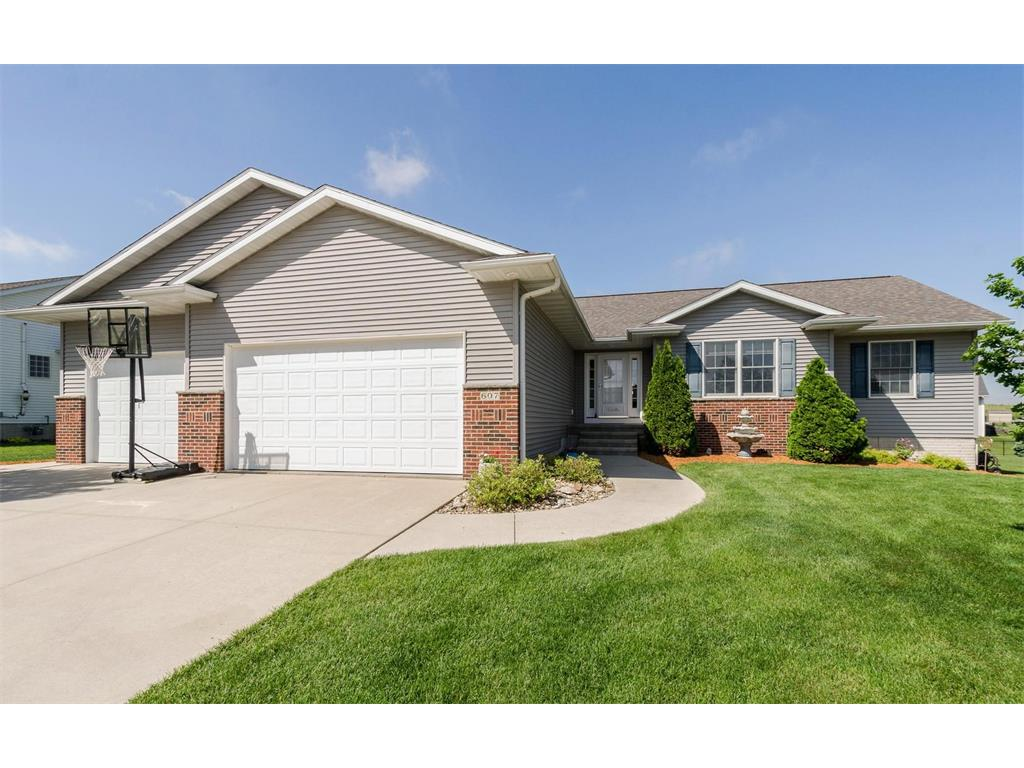 607 Ridgeview Way, Atkins, IA 52206