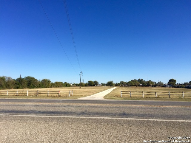 2944 N Interstate 35, Pearsall, TX 78061