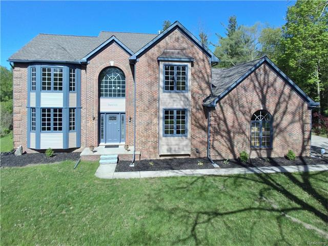 30945 BRUCE Lane, Franklin Vlg, MI 48025