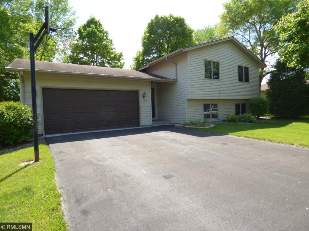 11441 100th Place N, Maple Grove, MN 55369