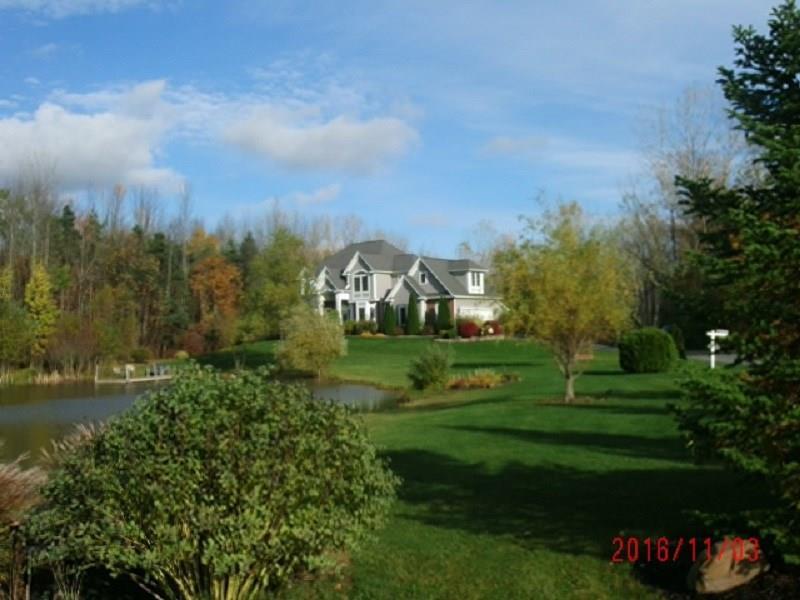 26 Fawn Meadow Drive, Hamlin, NY 14464